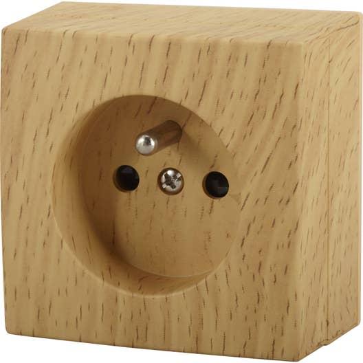 prise avec terre saillie bel 39 vue bois leroy merlin. Black Bedroom Furniture Sets. Home Design Ideas