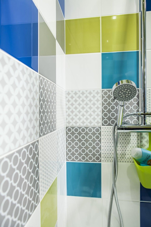 Carrelage adhesif douche revetement mural salle de bain - Carrelage mural pvc adhesif ...