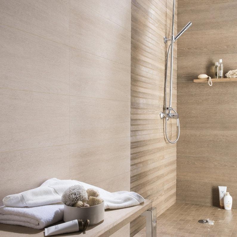 Carrelage naturel pour la salle de bains leroy merlin for Carrelage adhesif salle de bain leroy merlin