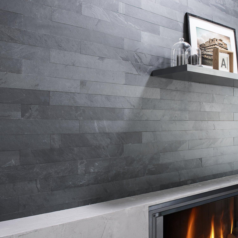 Salon gris avec mur en parements | Leroy Merlin