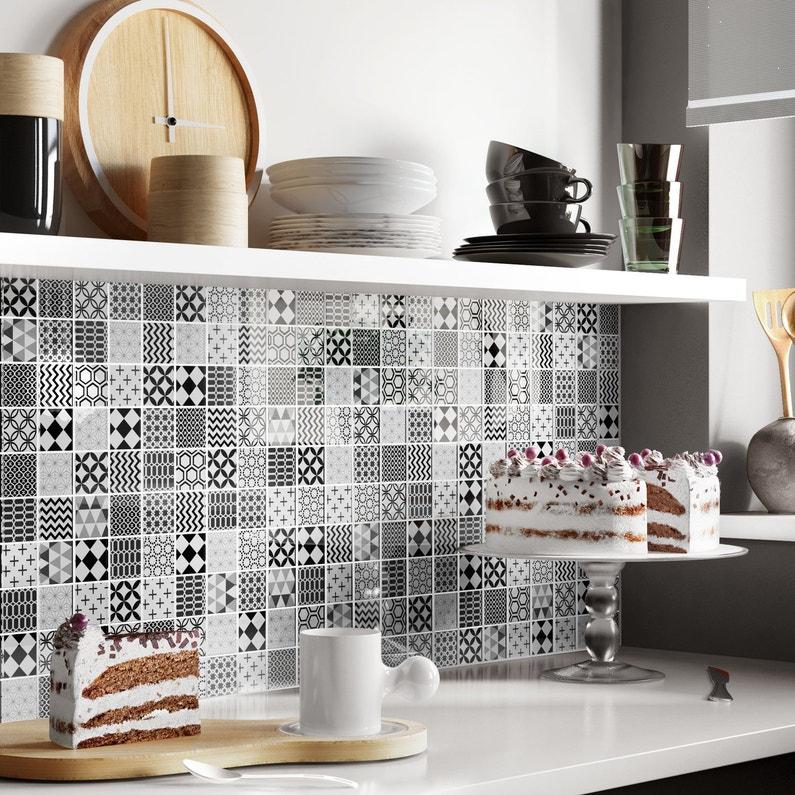Habiller les murs de la cuisine de carreaux de ciment noir et blanc leroy merlin - Carreaux de ciment noir et blanc ...