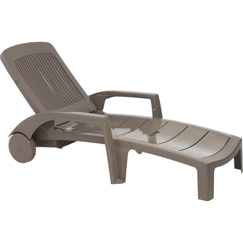Chaise longue resine for Chaise longue de jardin bain de soleil