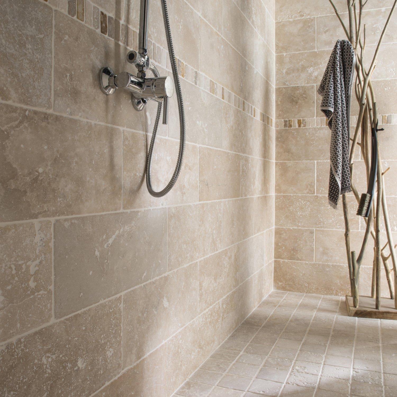 De la pierre naturelle couleur ivoire pour votre douche à l ...