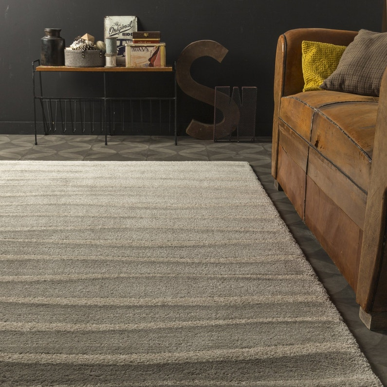 un tapis beige cosy pour le salon leroy merlin. Black Bedroom Furniture Sets. Home Design Ideas