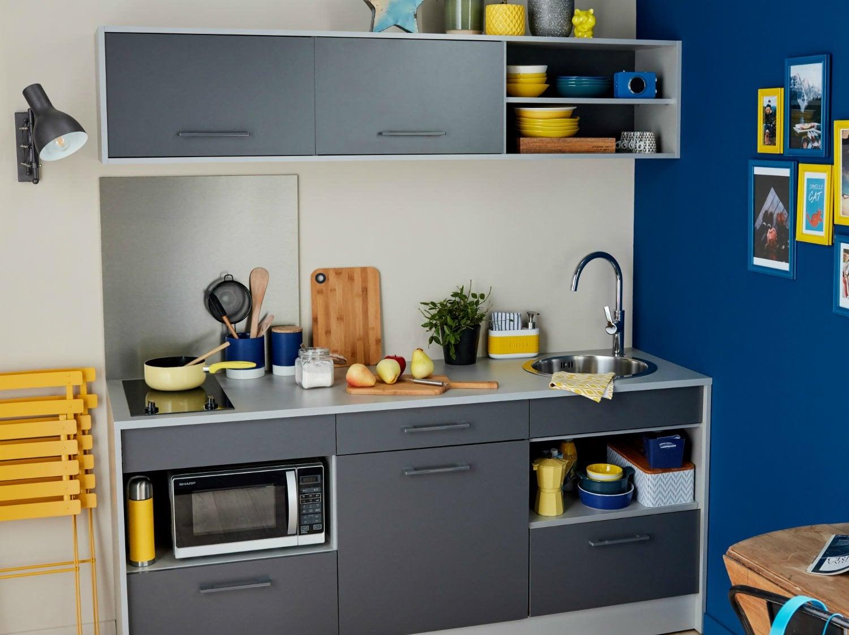 amnagement cuisine ferme astuces dco pour agrandir une petite cuisine deco cool amenagement. Black Bedroom Furniture Sets. Home Design Ideas