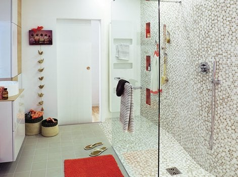 Comment cr er une douche l italienne l tage leroy for Mise en chauffe plancher chauffant avant carrelage