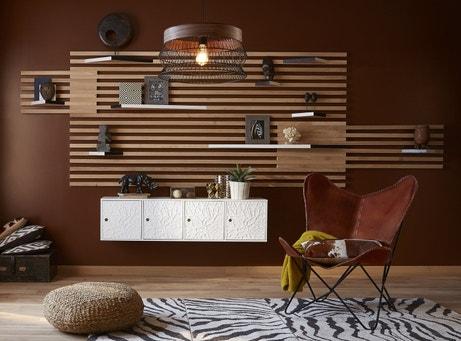 Donner du relief à votre mur avec des étagères déstructurées