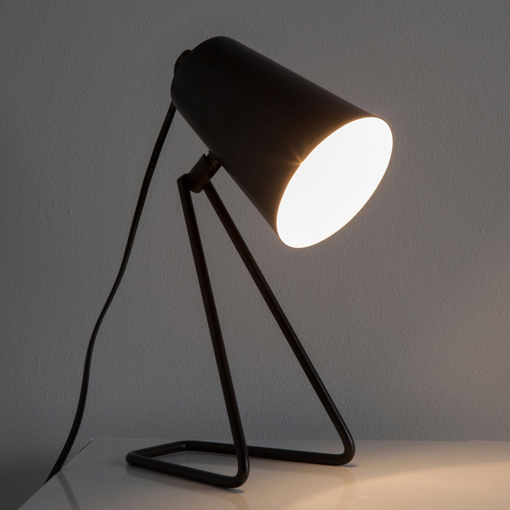 Lampe design métal noir, INSPIRE Moeta