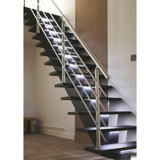 Escalier droit gomera structure m dium mdf marche m dium for Rampe d escalier exterieur leroy merlin
