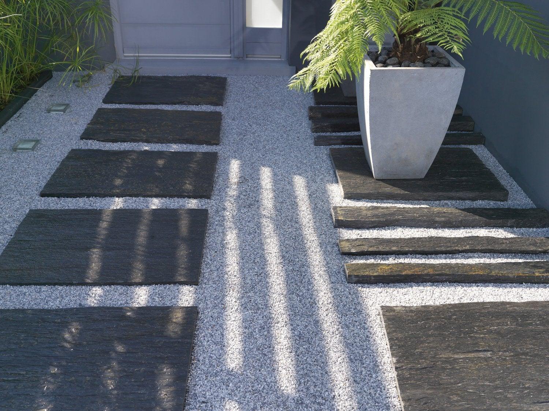 galets et graviers pour am nager votre jardin leroy merlin. Black Bedroom Furniture Sets. Home Design Ideas