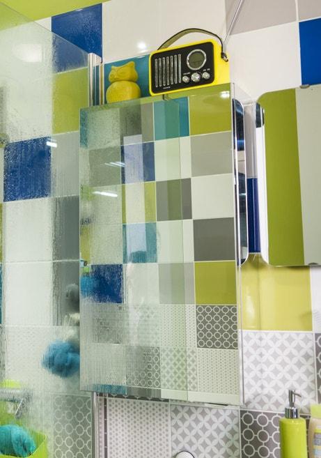 Armoire de salle de bains avec mirroir