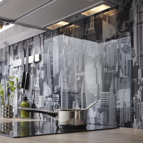 Un crédence transparente idéale pour protéger votre papier peint
