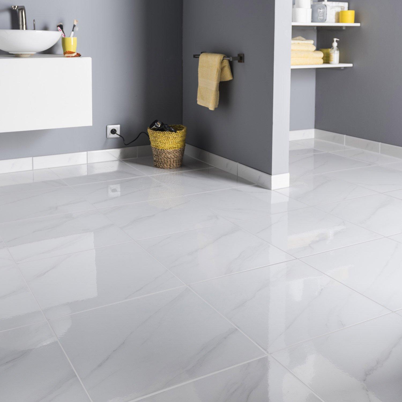 Carrelage sol et mur blanc effet marbre samos x for Carrelage sol et mur