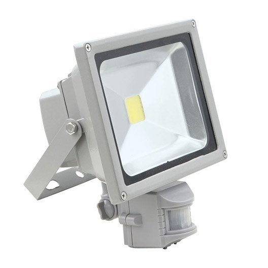 Spot exterieur led avec detecteur best projecteur led for Projecteur led exterieur leroy merlin