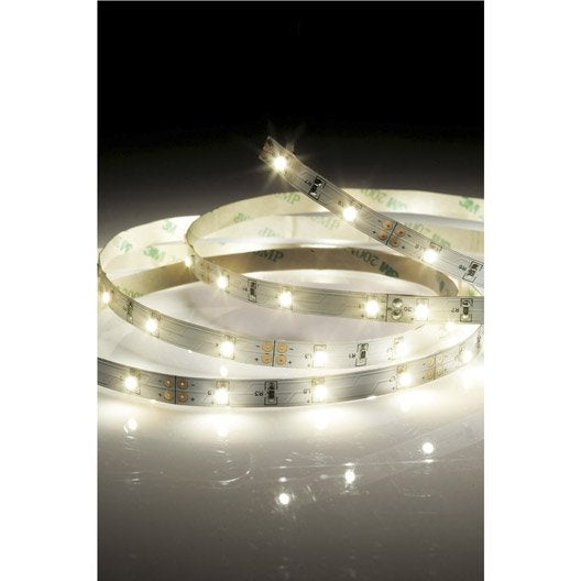 Ruban led strip led 5m led int gr e blanc 3000k 2400 - Guirlande lumineuse exterieur leroy merlin ...