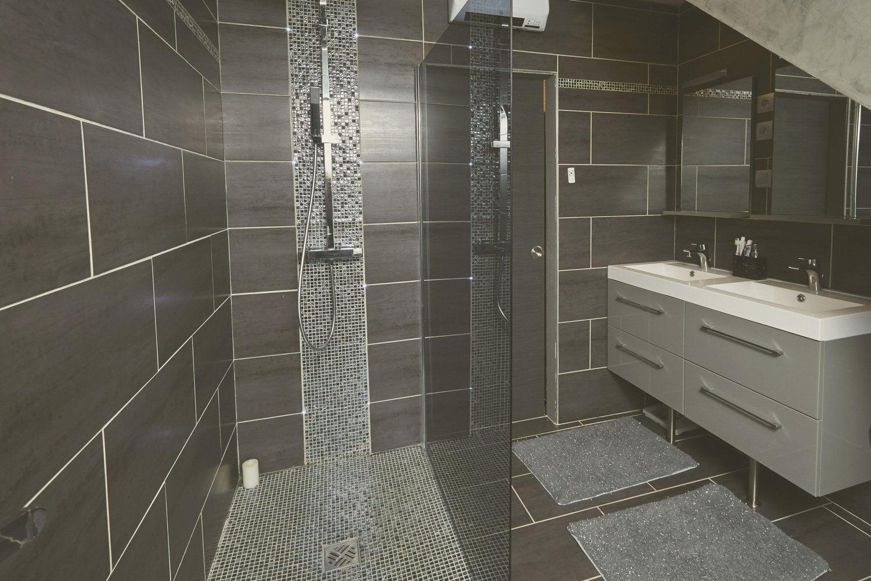 Vos r alisations de douche l 39 italienne leroy merlin for Construction salle de bain italienne