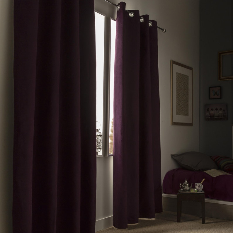 rideau occultant thermique et phonique leeds aubergine. Black Bedroom Furniture Sets. Home Design Ideas