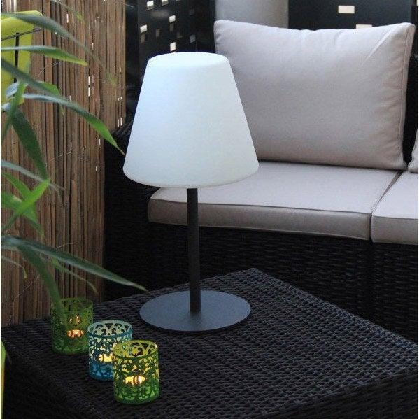 lampe solaire watt et home. Black Bedroom Furniture Sets. Home Design Ideas