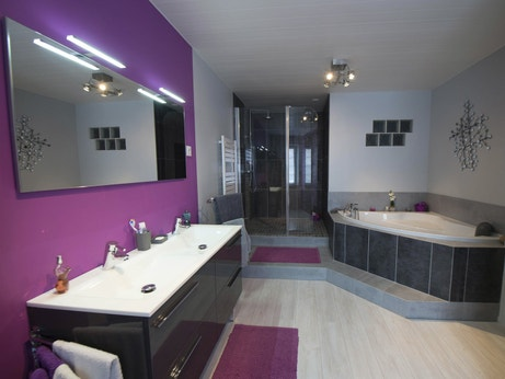 La salle de bains de Fanny à Ingré