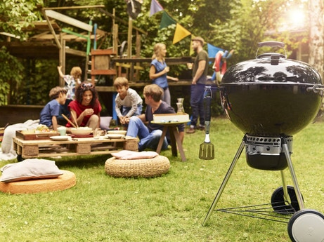 Un barbecue avec l'allumage rapide