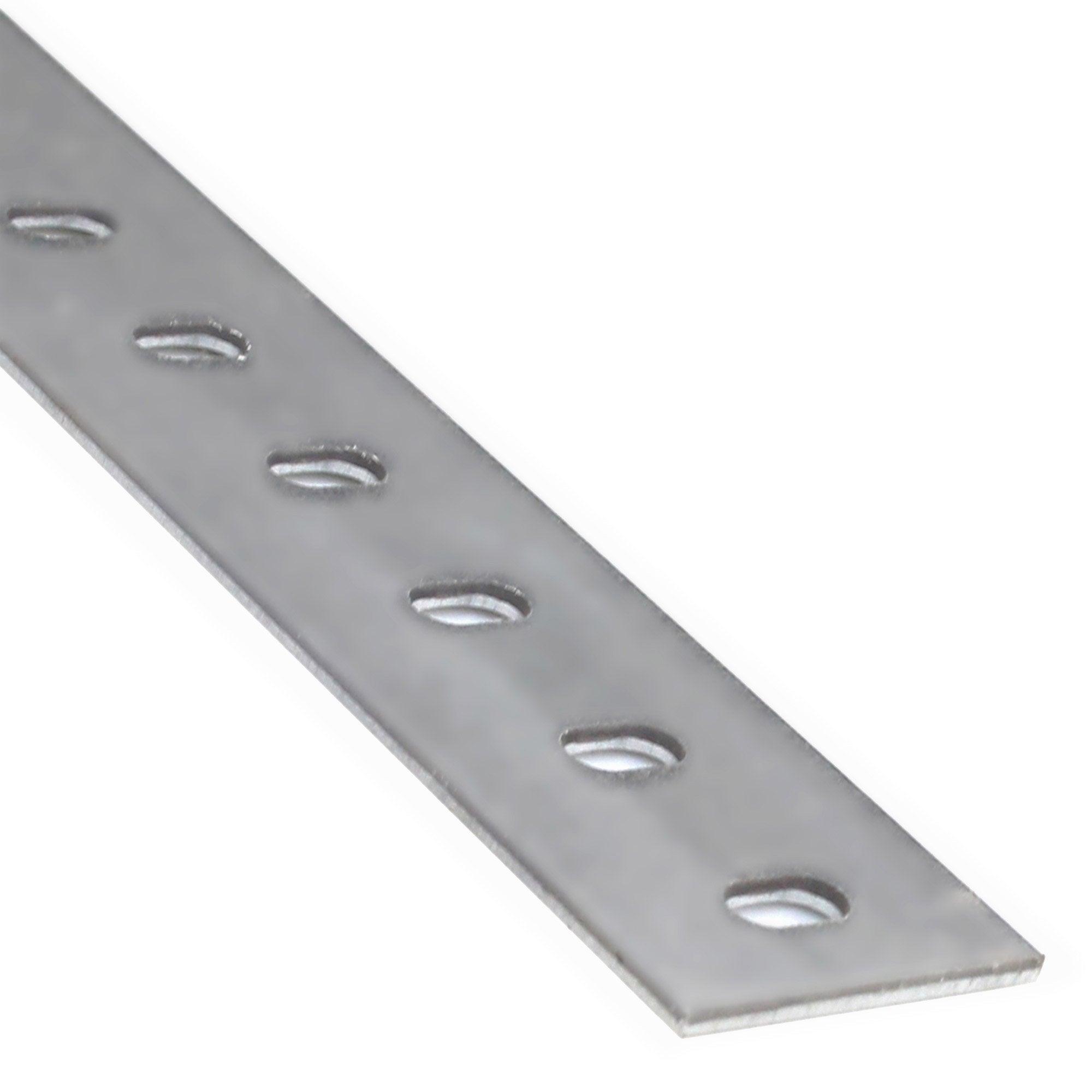 Plat Aluminium Brut Argent Perforé L26 M X L22 Cm X H02 Cm