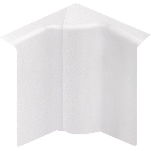 angle int rieur pour plinthe en pvc blanc leroy merlin. Black Bedroom Furniture Sets. Home Design Ideas