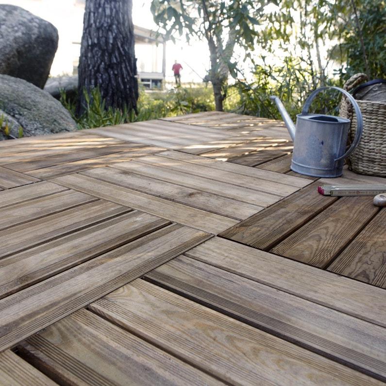 Le bois passe en terrasse for Comdalles composites pour terrasse