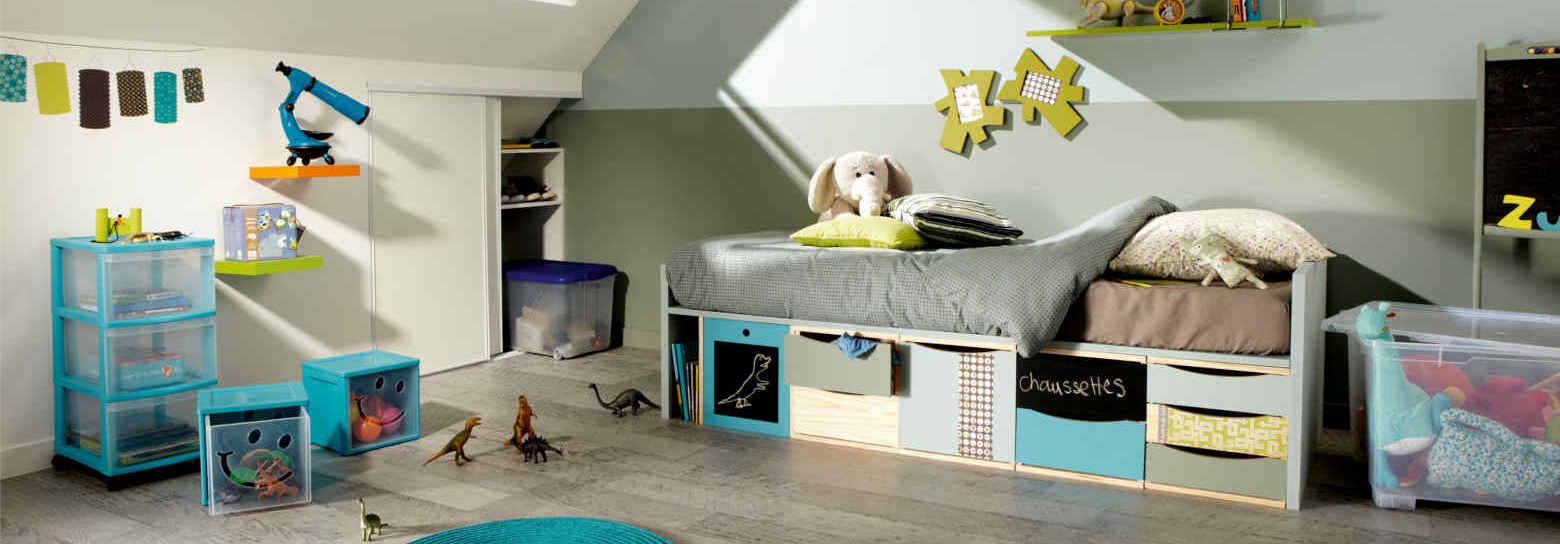 passer de la chambre de b b la chambre d enfant leroy merlin. Black Bedroom Furniture Sets. Home Design Ideas