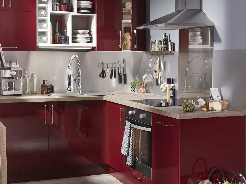 Une cuisine de 12m asym trique et fonctionnelle leroy for Prix cuisine 12m2