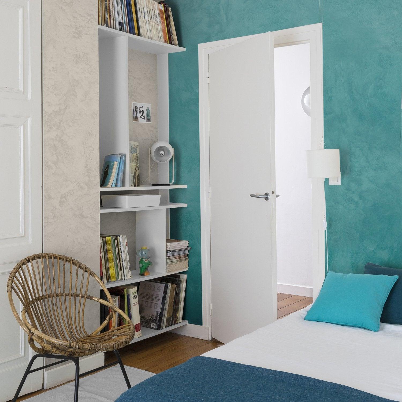 des id es de couleurs dans la chambre leroy merlin. Black Bedroom Furniture Sets. Home Design Ideas