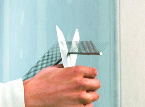 Comment poser une corni re d 39 angle leroy merlin - Comment poser les plaques de platre ...