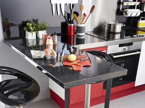 avant apr s relooker une cuisine en 48h leroy merlin. Black Bedroom Furniture Sets. Home Design Ideas