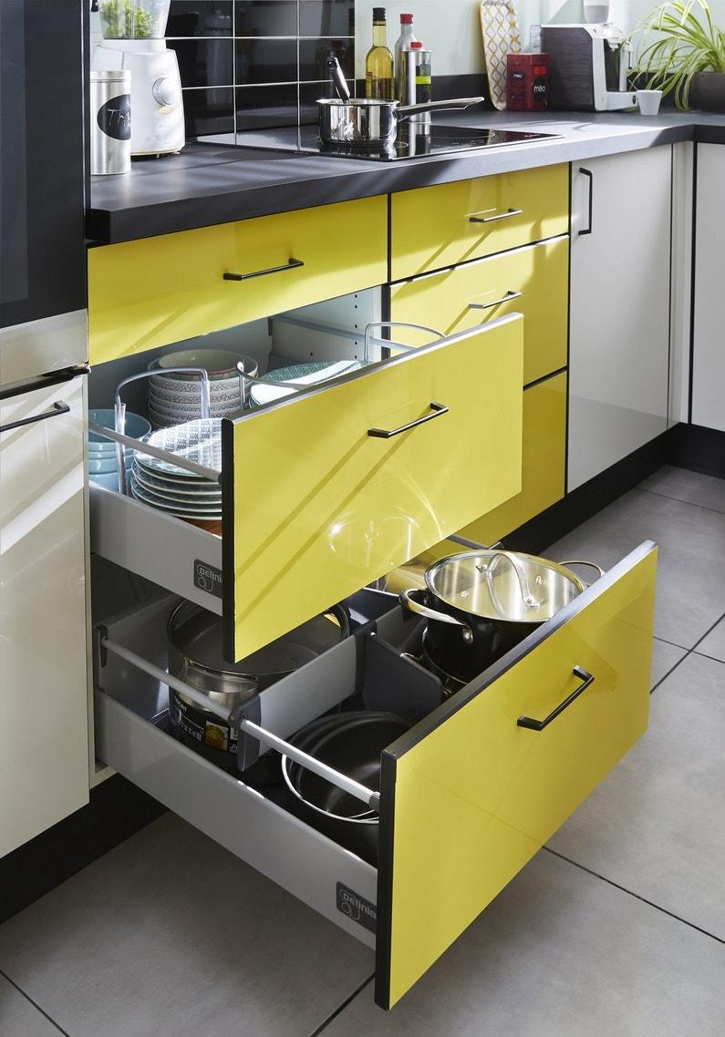 Meuble cuisine jaune orange belle cuisine nous a fait for Cuisine jaune