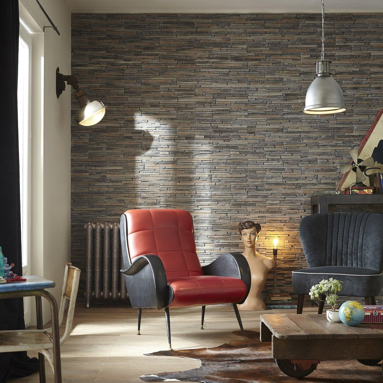 Les plaquettes de parement embellissent les murs du salon  Leroy