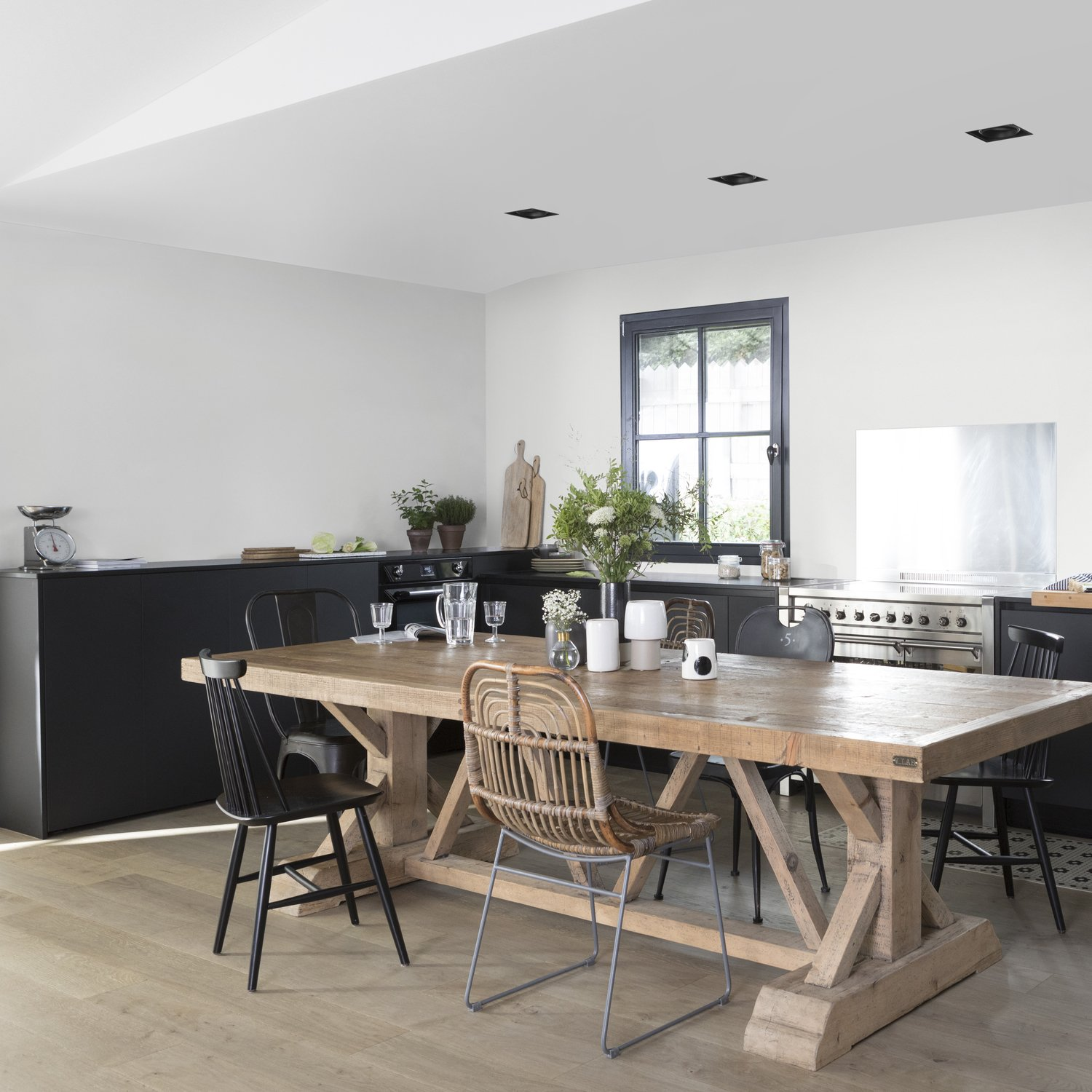 Une Salle A Manger Grise Au Style Campagne Leroy Merlin