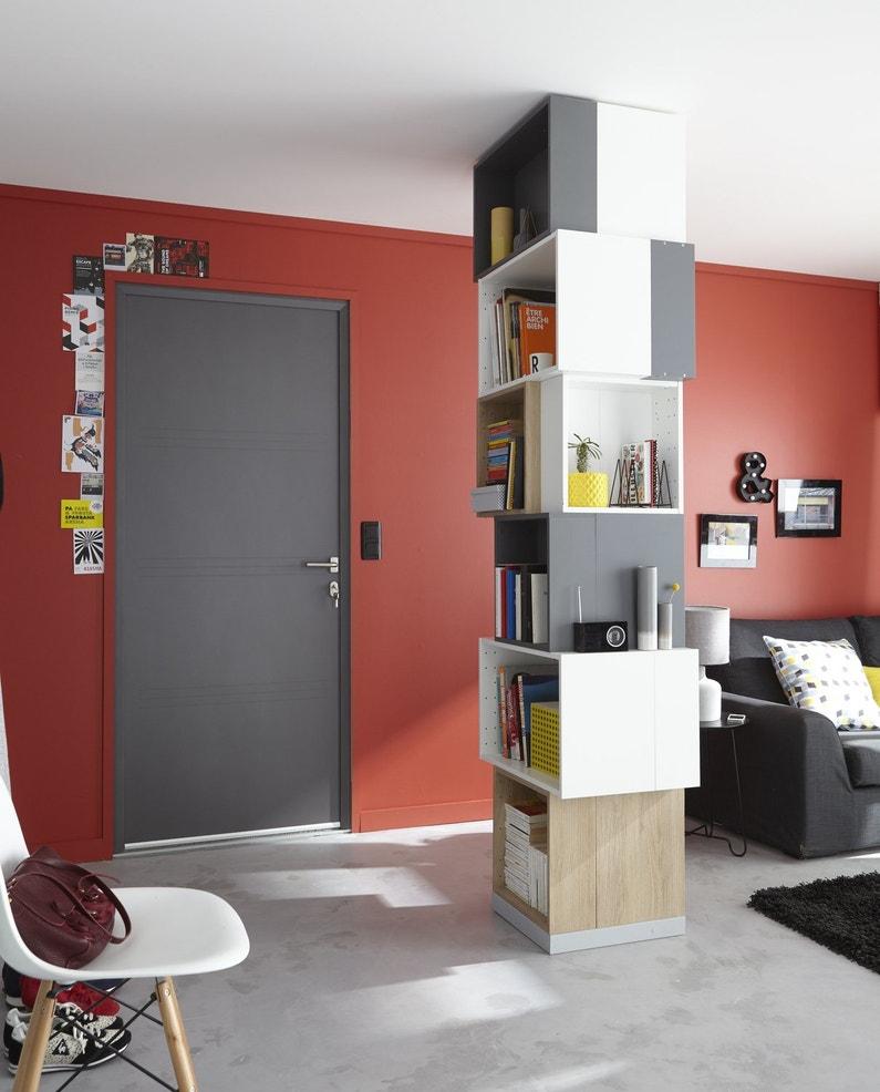 une biblioth que avec des cubes de rangement leroy merlin. Black Bedroom Furniture Sets. Home Design Ideas