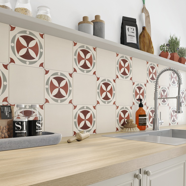 Habillez les murs de la cuisine avec des carreaux de ciment beige leroy merlin - Carreau ciment cuisine ...