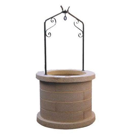 Puits de jardin en pierre reconstitu e ton pierre puits for Comment construire un puit