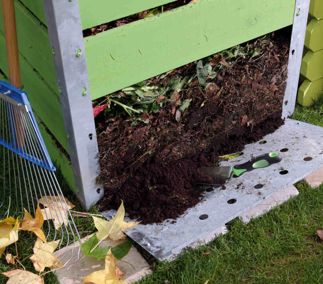 Bon à Savoir : Suivant Les Saisons, Il Faut De 4 à 10 Mois Pour Que Le  Compost Soit Disponible, La Durée Variant Aussi Selon La Nature Des Déchets.