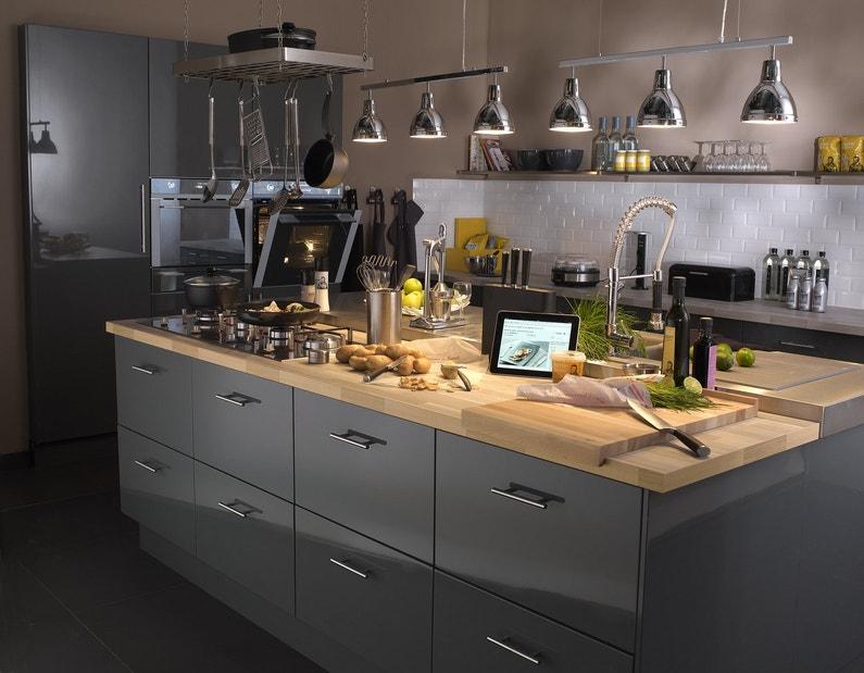 espace et confort pour bien cuisiner leroy merlin. Black Bedroom Furniture Sets. Home Design Ideas