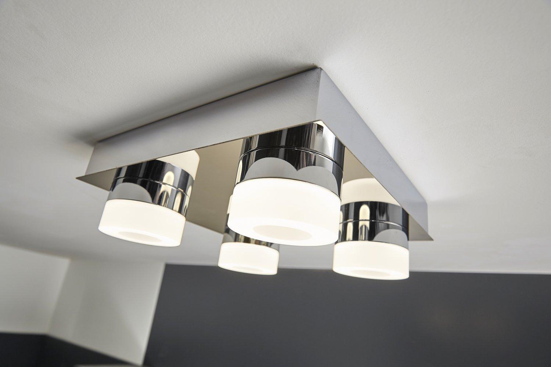 Un plafonnier design pour la salle de bains | Leroy Merlin