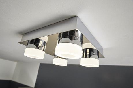 Eclairage blanc pour salle de bain