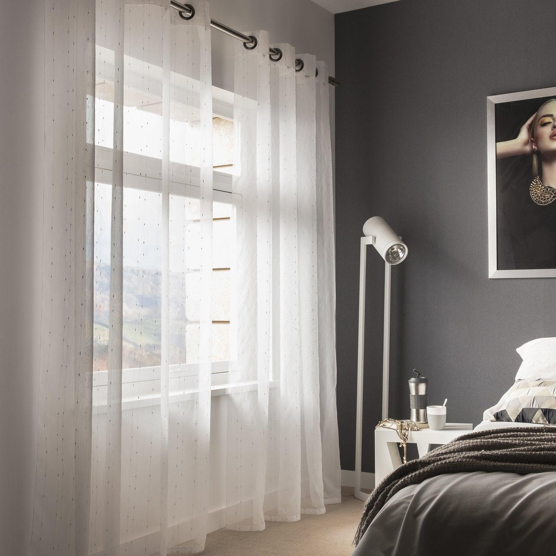 des rideaux pour habiller votre chambre leroy merlin. Black Bedroom Furniture Sets. Home Design Ideas