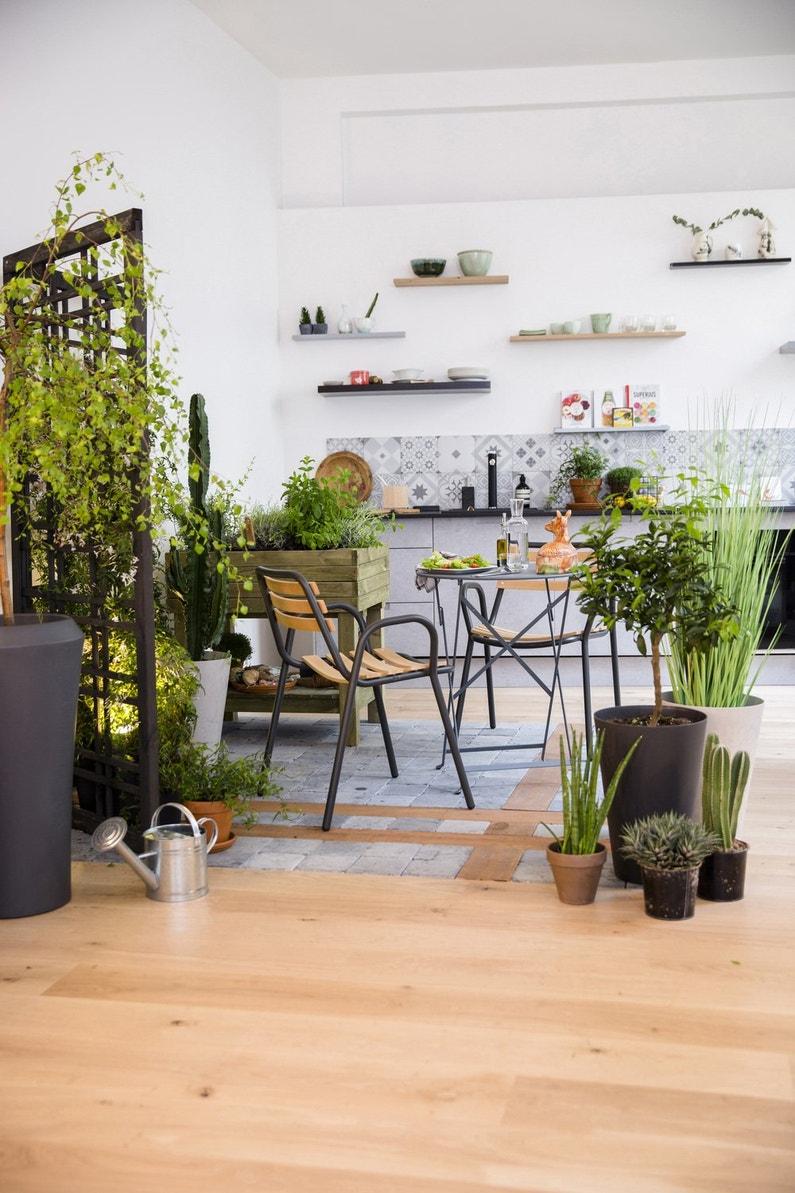 un petit jardin l 39 int rieur leroy merlin. Black Bedroom Furniture Sets. Home Design Ideas