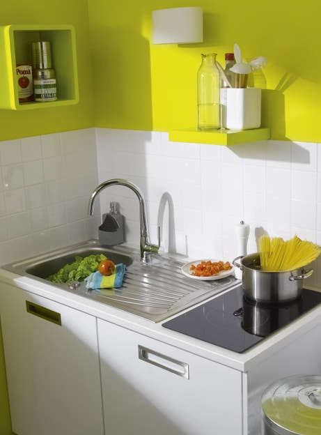Un coin kitchenette coloré