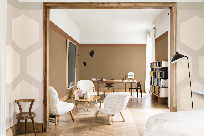 Le salon cocoon avec le mobilier et la couleur des murs en miel ...