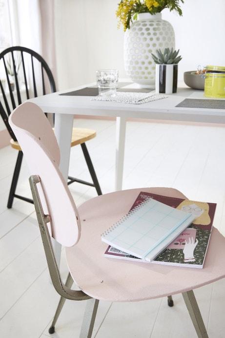 Une chaise de cuisine relookée