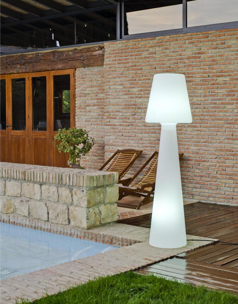 Eclairage De Terrasse Sur Pied lampadaire extérieure lola 165 cm g13 2200 lumen blanc newgarden