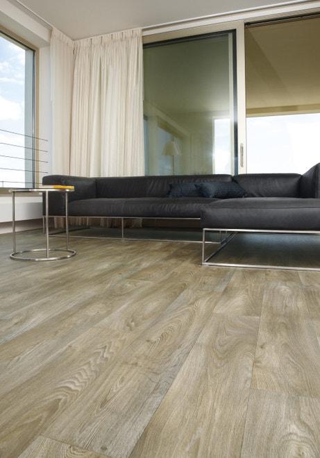 Un sol vinyl effet bois clair