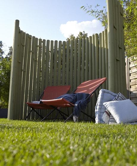 Une paroi claire-voie pour créer l'intimité dans le jardin